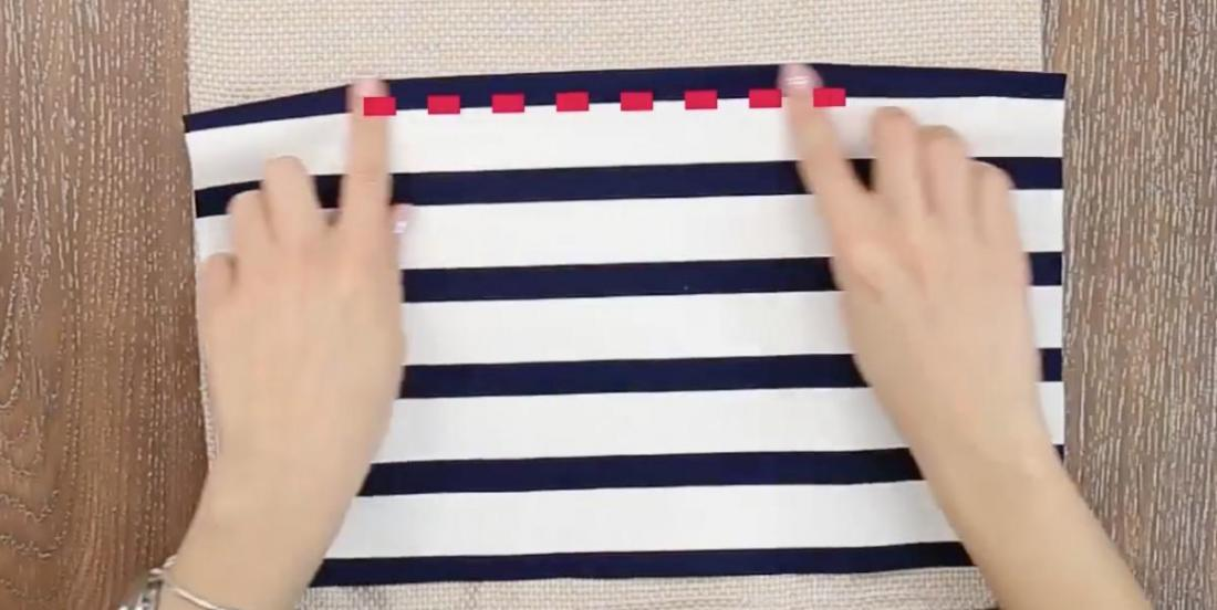 By cutting 2 pieces of fabric, she finds a simple solution to a problem we all have!