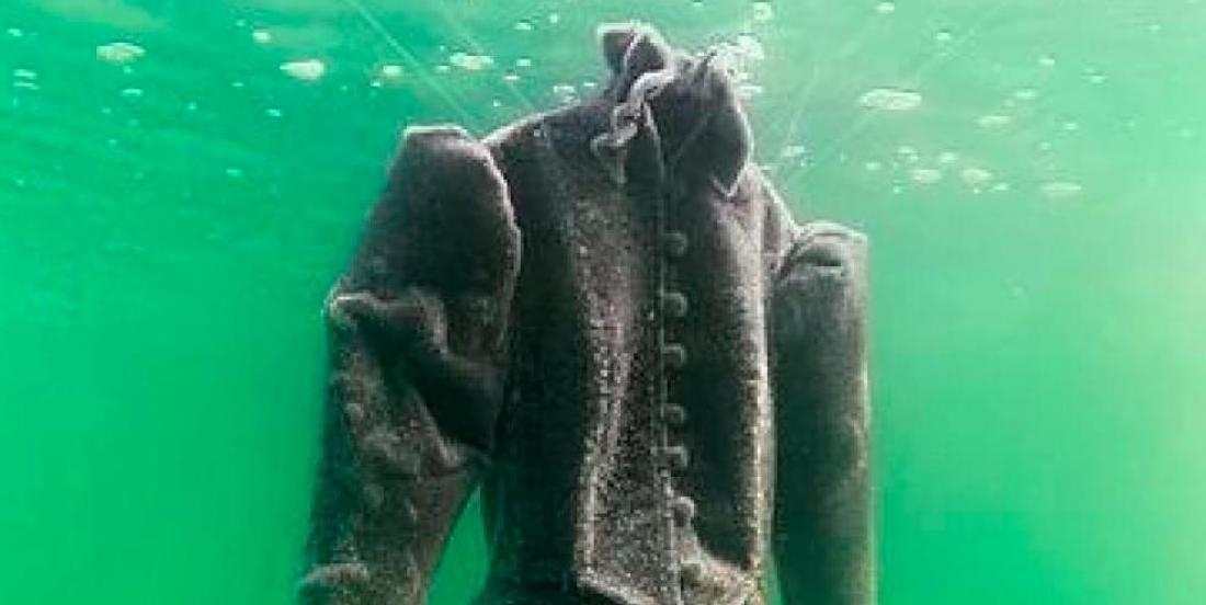 A wedding dress left two years in the Dead Sea is now a wonderful masterpiece