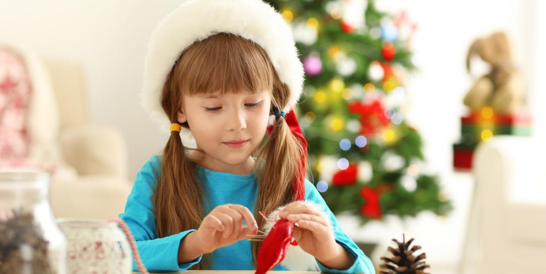 Here are 15 Christmas craft ideas to make with the kids