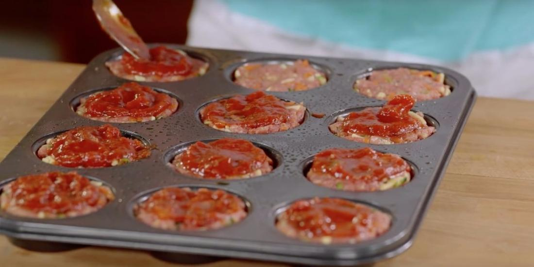 She takes muffin tins to cook her meatballs. Her quick and easy recipe is perfect and delicious!