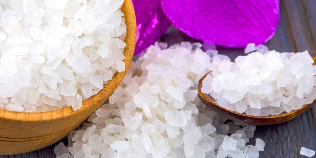 Do you have Epsom salt at home? Use it in many ways, it has a lot of benefits!