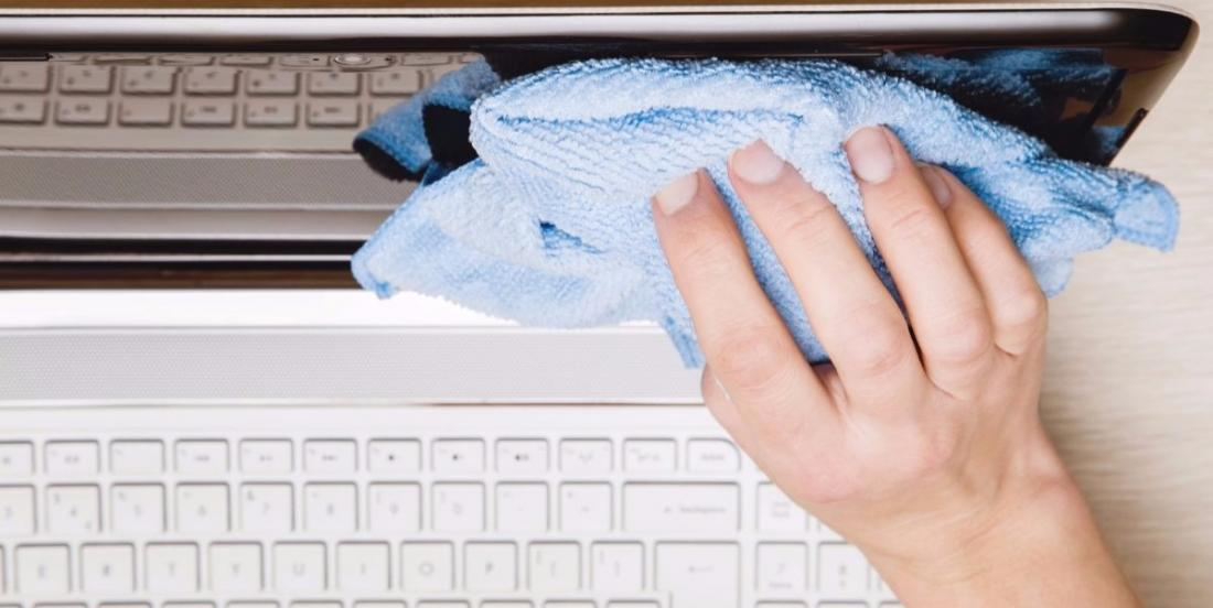 The product she uses to wash her computer screen is really surprising, but it works!