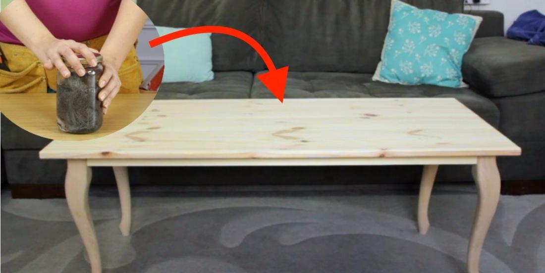 What she uses to dye her wooden lounge table is amazing! And the result is just crazy!