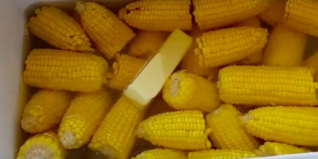 Planning a corn roast this summer? Try this great technique to cook one ton at a time without heat!