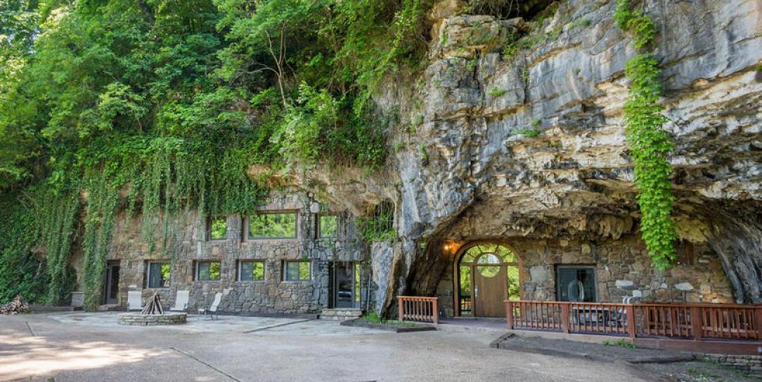 Discover the interior of the most luxurious cave in the world!