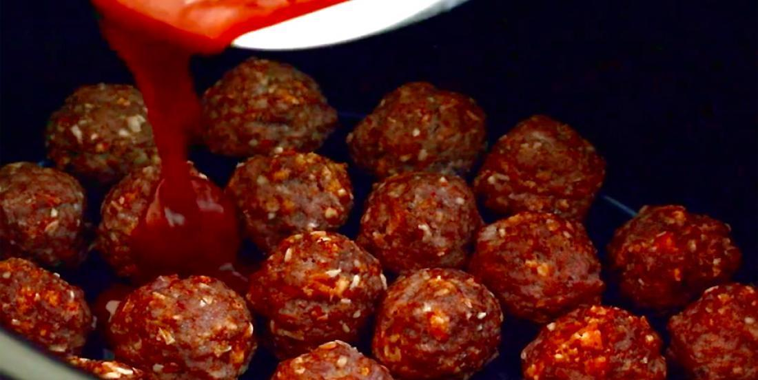 These beef meatballs are good, but with this sauce on them, it's delicious!!