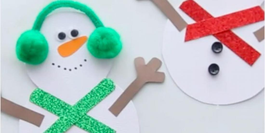 Create personalized Christmas cards with your little ones