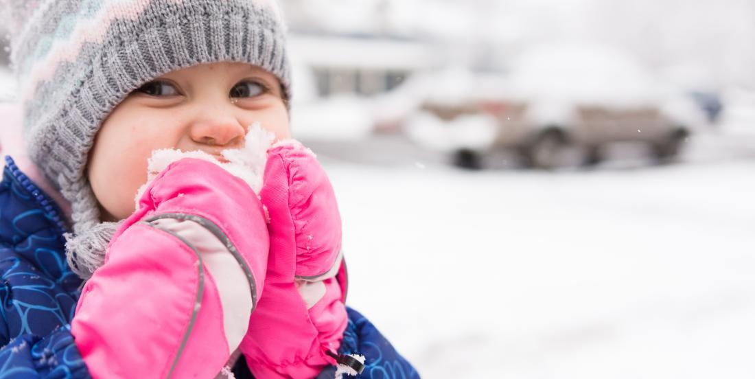 Is it dangerous to eat snow?