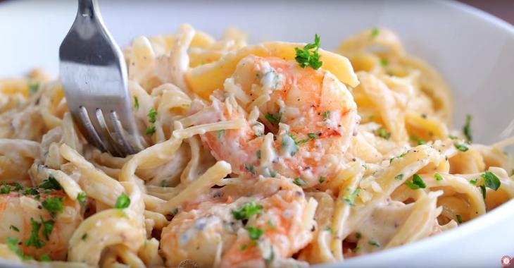 Shrimp Fettuccine : Tasty, easy to make and perfect for a busy schedule!