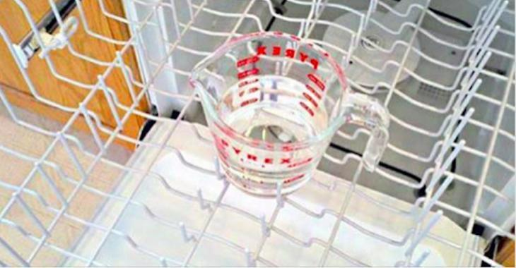 Here are 3 simple steps to clean your dishwasher